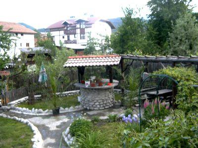 Courtyard garden - Old Tonina House Complex - Dobrinishte, Bansko, Razlog
